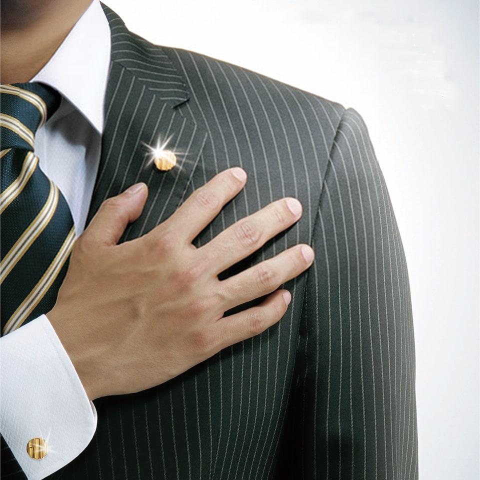 社章は社員としての意識や団結力・絆を高め、愛社精神も高めます。